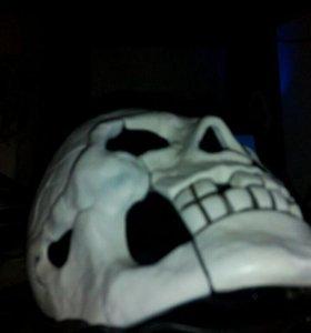 Стационарный домашний телефон в виде скелета!