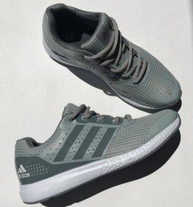 Кроссовки adidas, все размеры