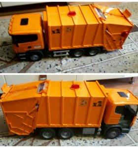 Игрушка машина мусоровозка