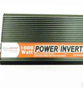 Инвертор 12-220. 2000 Ватт пиковой мощности.