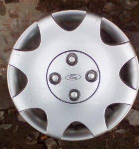 Продам оригинал колпак R15 на Форд