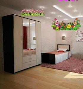 Односпальная кровать и шкаф