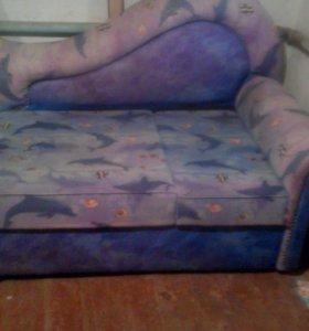 Детский диван.