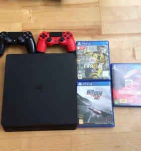 PlayStation 4 1Тб 2 геймпада + 3 игры
