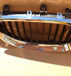 Решётка радиатора на BMW e60 новые !!!!