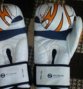 Перчатки Roomaif