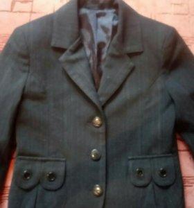 Костюм школьный(сарафан+пиджак)