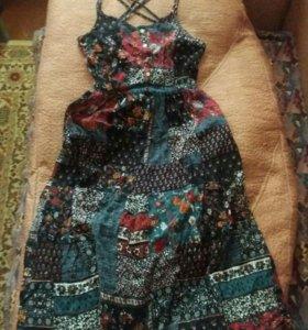 Платье от Stradivarius