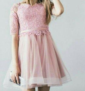 Вечернее платье+ бусы в подарок