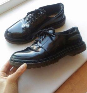 Броги, ботинки, туфли Pull&Bear