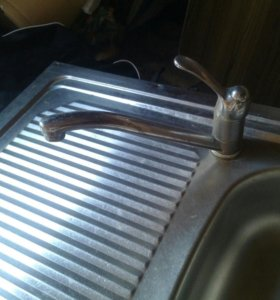 Раковина на кухню.