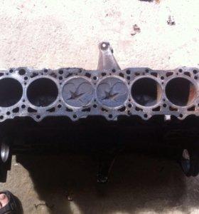 Блок мотор 603 мерседес