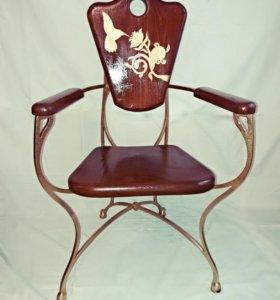 Кованный стул.