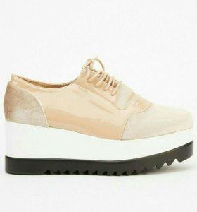 Новые женские ботинки на платформе