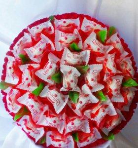 Букет с конфетами Раффаэло
