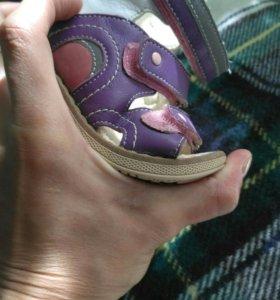 Детские сандали Twiki