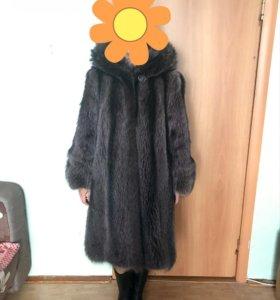 Шуба енотовая
