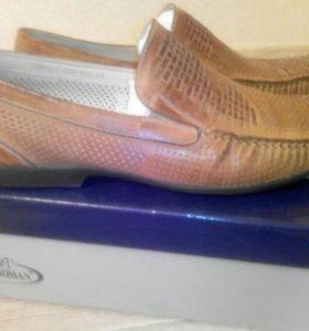 Туфли мужские 43 р-р
