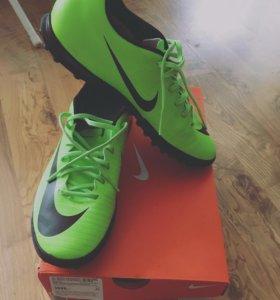 Бутсы Nike мужские футбольные