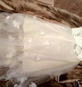 Свадебное платье. Короткое