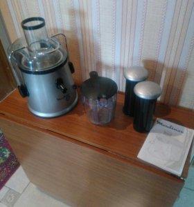 Соковыжималка Moulinex + подарок кухонный комбайн