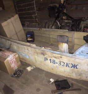Лодка казанка с белями
