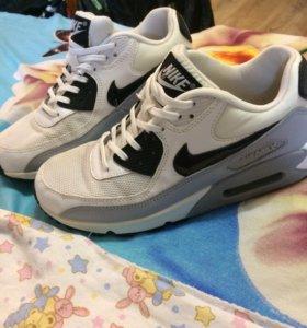 Кроссовки Nike air max 38,5