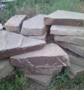 Камень песчаник,кварциды,галыш,бут .