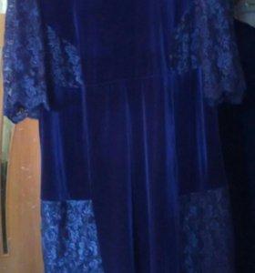 👗 платье бархатное с кружевом,р58_60