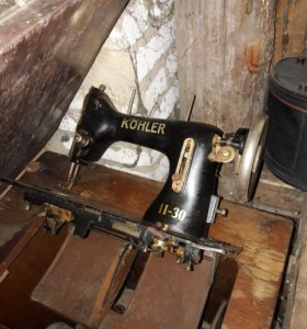 Машинка швейная на запчасти.