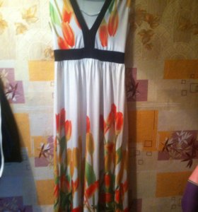 Продам новое красивое платье. Размер 44-46