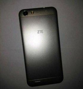 ZTE Blade X7 (золото)