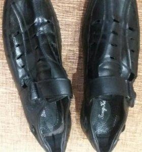 Школьные кожаные туфли 38р