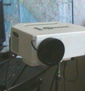 Проектор unic