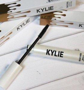 Тушь для ресниц Kylie