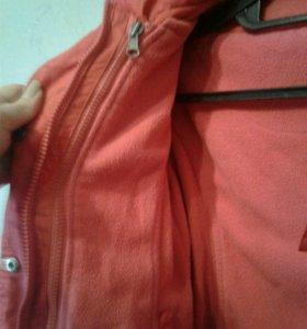 Куртка и жилетка два в одном