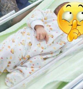 Комбинезоны  на новорожденного