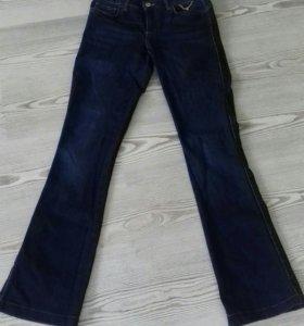 Женские джинсы Motivi