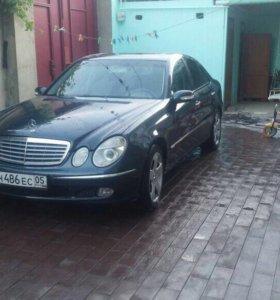Mercedes benz w 211