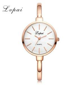 Модные часы женские модель LVPAI