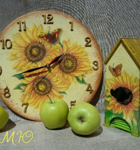 Часы 30см диаметр и чайный домик