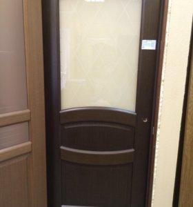 Шпонированная дверь остекленная с образца