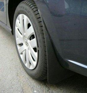Volkswagen Polo седан брызговики задние