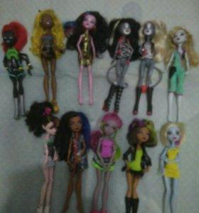 В ассортименте куклы