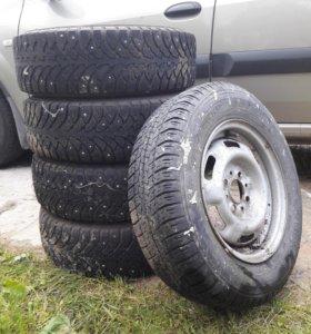 Зимние шины на дисках ВАЗ