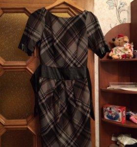 Вечернее платье с кожаным поясом