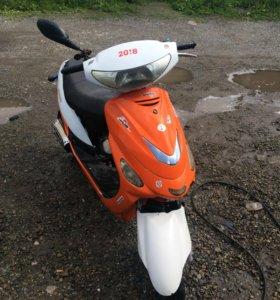 Скутер Racer Meteor