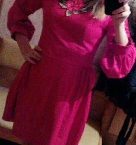 Красивое платье+ подарок👗