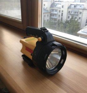 Фонарь-прожектор новый