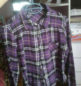 Клетчатая фиолетовая рубашка